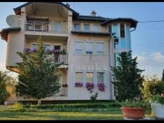 She shtepin 460m2 4kateshe me 10 ari truall / Prishtine